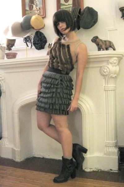 brown tank fur sheer norwegian wood top - gray norwegian wood skirt