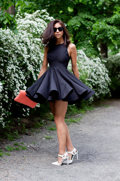 black keepsake dress - tawny & other stories bag