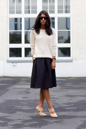 black FASHION ID skirt - off white FASHION ID sweater - neutral Schutz heels
