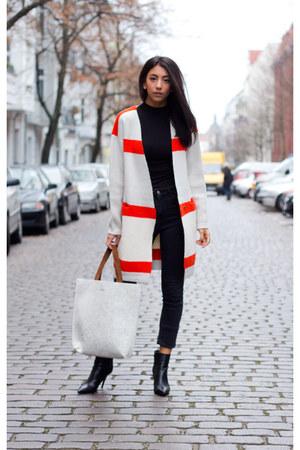 red Vila cardigan - black mai piu senza boots - black AG jeans - silver Maje bag