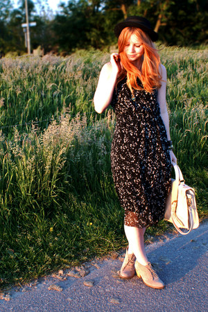 eggshell ankle Topshop boots - black dotted Dahlia dress - black boater H&M hat