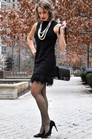 black dress - black Chanel bag
