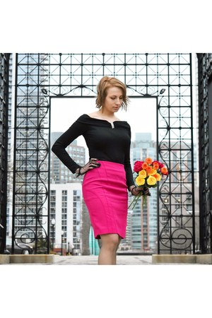 black vintage top - hot pink banana republic skirt
