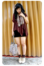 brown juzzie top - black dhievine skirt - brown dhievine scarf - brown streetsty