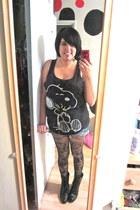 black Mossimo t-shirt - black Exhilaration tights