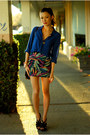 Blue-old-navy-top-magenta-pacsun-skirt-black-aldo-heels
