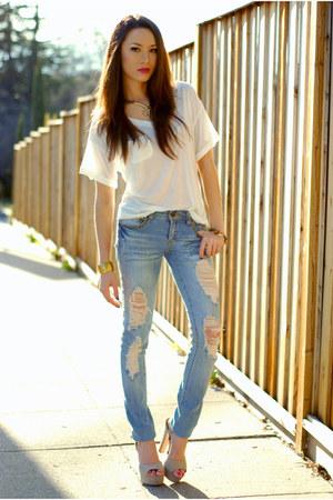 white sosume top - blue Forever 21 jeans - beige Steve Madden heels
