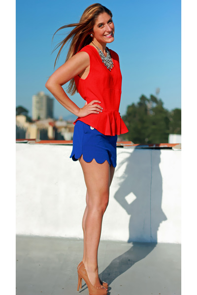 Blue Scalloped Camilla Tree Shorts, Red Peplum Skies Are Blue Tops ...