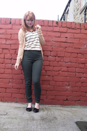 H&M pants - Primark cardigan - H&M top - Primark loafers