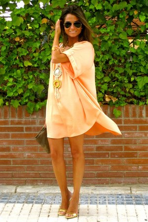 nude H&M dress - camel Accessorize bag - black Ray sunglasses