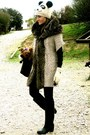 Black-capelli-boots-white-primark-hat-off-white-zara-jacket