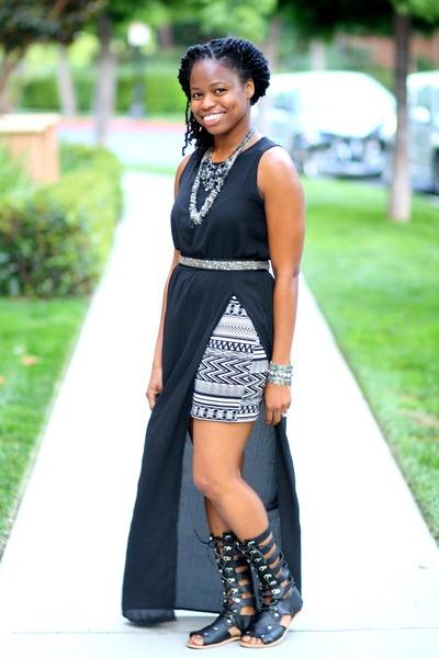 black side slit maxi Nordstrom dress - black gladiator UrbanOG sandals