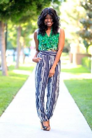 green dot Winter Lennon top - blue striped Sugarlips pants