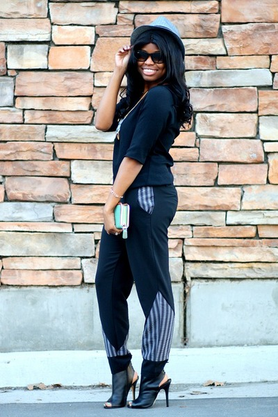 black Chinese Laundry boots - heather gray Target hat - black Jaleh top