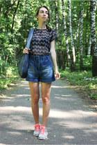navy Zara blouse