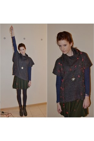 green AHAISHOPPING skirt - dark green Merg boots - grey new look sweater