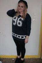 black creepers shoes - black H&M hat - black Topshop leggings