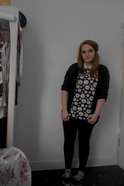 black Topshop leggings - black daisy print Primark shirt - cream Primark shirt