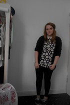 black Topshop leggings - black daisy print Primark shirt - cream Primark shirt