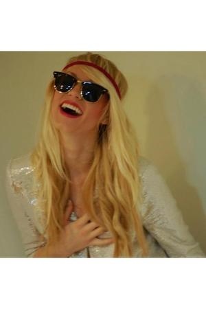 black Ray bans sunglasses - silver blazer - pink American Apparel accessories