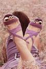 Light-purple-dress-light-purple-heels