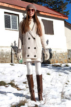 white Calzedonia tights - beige Zara cardigan - nude Rocha John Rocha gloves