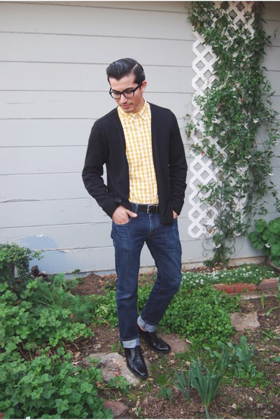 black Steve Madden shoes - navy Express jeans - yellow J Crew shirt