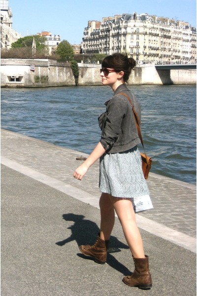 blue unknown boutique dress - brown vintage boots - brown vintage purse - gray H