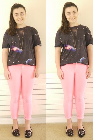 galaxy print OASAP t-shirt - pink neon Topshop jeans