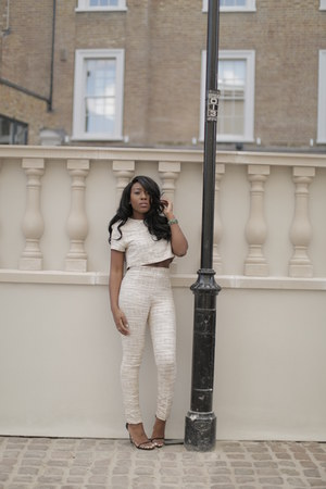 cream 95Twenty pants - cream H&M jacket - black stuart weitzman heels
