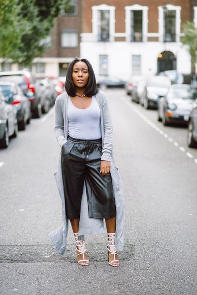 heather gray Zara cardigan - black Zara pants