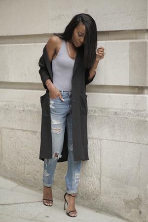 black asos cardigan - sky blue Levis jeans