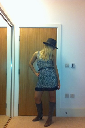 dress - boots - hat - belt
