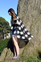 sky blue denim Nasty Gal shorts - black round Chanel sunglasses - dark gray LF t