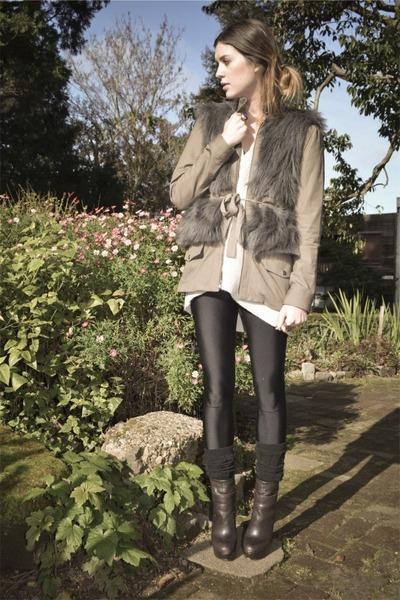 dark brown boots Steve Madden shoes - tan loeffler randall jacket - eggshell chu
