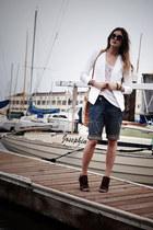 white BCBG blazer - brick red Alexander Wang shoes - camel Collina Strada bag