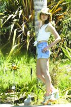 blue Levis shorts - blue Zara top - green Topshop shoes - beige LF hat