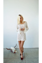 ivory lace Gina Marie Vintage dress - black suede sam edelman wedges