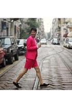emre erdemoğlu jacket - Deichmann shoes - emre erdemoğlu shorts