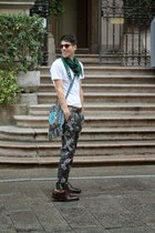 Deichmann shoes - handmade cappadocia bag - Zara pants