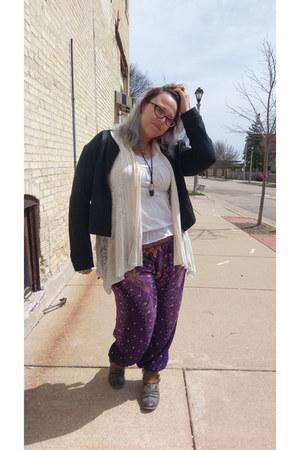 charcoal gray Roxy boots - dark gray Fabletics jacket - purple Amazon pants