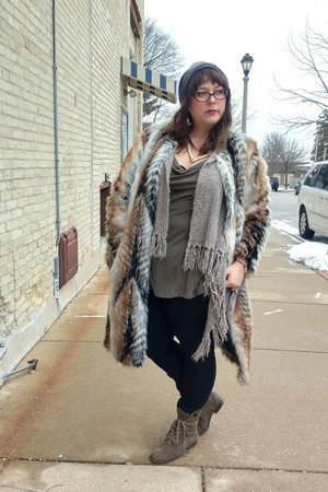 light brown faux fur asos coat - heather gray Nine West boots