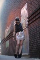 light pink Lulus skirt - heather gray Lulus sunglasses