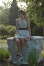 White-spotted-moth-dress-blue-vintage-belt-blue-vintage-shoes