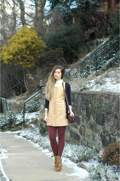 tawny vintage dress - camel leopard Lulus boots - maroon American Apparel tights