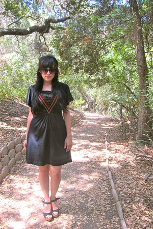 Forever 21 heels - black dress