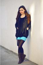 black fishbone sweater