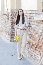 periwinkle H&M bag - beige Massimo Dutti pants - leopard print fishbone blouse