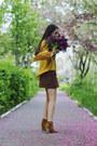Mustard-h-m-top-dark-brown-a-line-skirt-fishbone-skirt