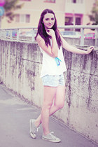 pull&bear shorts - white lace Pimkie top - Pimkie accessories